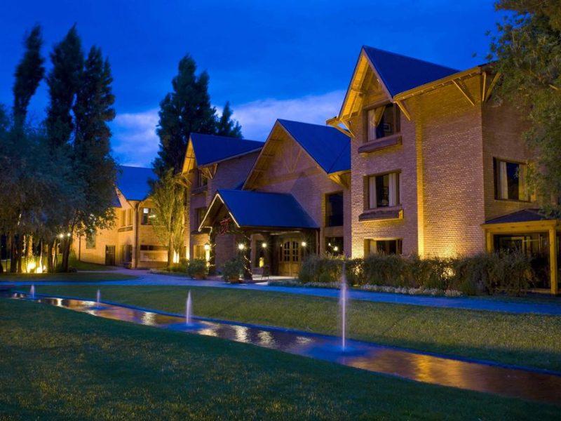 Hotel Posada Los Alamos El Calafate Argentina 2